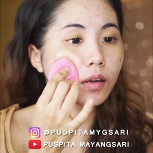 SUPER PROMO ONLY FOR 1 WEEK! CLICK THE LINK ON MY BIO.  You can buy this yellow undertone cushion for only $30 + 1/2 shipping cost at my @charis_official shop! https://hicharis.net/Puspitamygsari/8ar  @superfacestudio Zoom In Mesh Cushion 02 Natural  Head over to my youtube chanel for the full review and application!  @indobeautygram @indovidgram @tampilcantik #ivgbeauty #indobeautygram #tampilcantik #beautyjunkie #beautyjunkies #instamakeupartist #makeupporn #beautyaddict #beautyenthusiast  #makeupjunkie #makeupjunkies #beautyvlogger #wakeupandmakeup #hudabeauty #featuremuas #undiscovered_muas #hypnaughtymakeup #lagirlcosmetics #lagirlindonesia #nyxcosmeticsid #nyxcosmetics #charisofficial #clozette #clozetteID