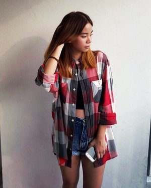 Keeping it casual with an oversized flannel and my favourite pair of shorts.