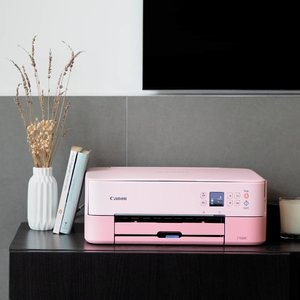 Having a hard time letting your creative juices flow? On http://bit.ly/CanonPixma2019 (link in bio), learn how you can explore and pursue your passions no matter your season in life with the help of Canon PIXMA printers. #Clozette