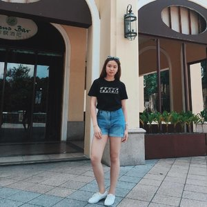 Be on trend and wear @kaptionrulesph . Check it out to see the designs and order yours now!! Wear your passion 💃🏻 *insert hip hop dancer emoji*