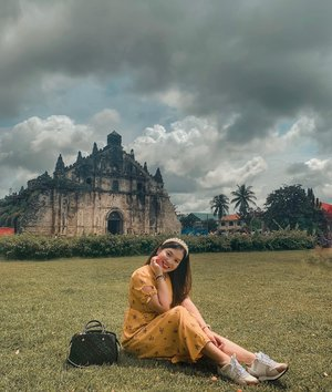 They say home is not a place, it's a feeling.  Days like this when I just miss home. 💛 #clozette #PatrishWears #Ilocos #Paoay