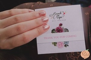 Got a much needed pampering session at @frenchtips_ecochic_nailsalon! 💅 Thanks to their #EcoFriendly polishes like @honeybeegardens, I didn't have any issues getting a manicure while breastfeeding. Happy to have won their most posh outfit contest as well. 👗  French Tips blogged on: #prelel.com#TheEcoChicWoman #NowInAura  #HealthyChoice #EcoChic #SafestNailSalon #LoveThySelf #FrenchTips #OpenInAura #clozette