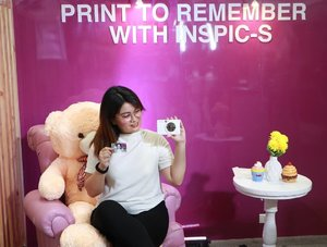 I started a creative journal this month after attending several workshops the past weeks. I'm happy to share that I found my journaling companion -- the Canon INSPIC. It's a camera and printer in one. 💕  Visit Canon Experience 2019 here at Mega Fashion Hall in SM Megamall and experience first hand the new products of Canon.  #HappinessInYourHandswithINSPIC #CanonPH 📸 CANON M100 . . . . #ootd #fashion #style #instastyle #like #instagood #fashionblogger #follow #outfit #photography #instafashion #photooftheday #fashionista #outfitoftheday #streetstyle #retailtherapy #ootn #stylestagram #camera #photography #instacamera #instaprint #Clozette