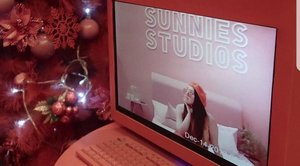 A month after, and I still have too many photos of #SunniesXmas ☆  PS. ICYMI I have a Sunnies GIVEAWAY and the last day is today, so click the link in my bio and do whatcha gotta do