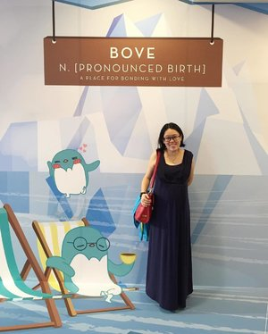 One of the two pieces of long dresses I own . This maternity dress with nursing access was bought at @springmaternitynbaby and the material is so comfy , it's made of natural bamboo fibre !that fits through all stages of pregnancy ! #31stJan17 #ootd #chewyjasootd #chewyjas #bovely #clozette