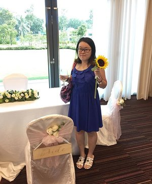 A Garden City at Genting Hotel Jurong , thanks for the pretty sunflower 😊🌻#ootd #chewyjasootd #weddingshow #gentinghoteljurong #clozette #24thApr16
