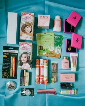 october na! because it's a brand new month, I'm giving away lots of stuff para #roadto10k LOL . super easy mechanics for this giveaway! 💌 follow @thatgirltrixie 💌 subscribe to my YT channel: youtube.com/thatgirltrixie 💌 tag 3 friends who you want to share the items with one winner will be chosen on October 5! ganun lang kasimple six so join na gooow! Good luck! ⭐️ . prize bag contains: ➡️ MET TATHIONE whitening lotion ➡️ Liese creamy bubble color ➡️ Pond's tone up cream and powder ➡️ Malie green tea & cucumber face masks ➡️ Sophistikada gold necklaces ➡️ Tokyo Finds gelly highlighters ➡️ Essence quattro eyeshadow palette ➡️ Innisfree pop socket ➡️ Sleek matte me liquid lipstick in birthday suit ➡️ Little Romance fragrance roll ➡️ fashion21 eyebrow gel ➡️ Perfume Dessert fragrances ➡️ Cathy Doll eyebrow powder palette ➡️ Revlon kiss plumping lip creme ➡️ Vitapack Sunscreen ➡️ Amarante rosy peel soap & gluta nac capsules ➡️ Wet n Wild lipstick ➡️ Makeup World lipstick ➡️ grape berries & pomegranate hand cream . super dami diba!! #giveaway #giveawaysph #giveawayphilippines