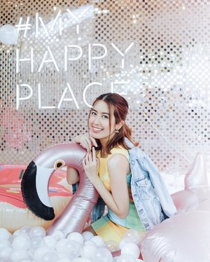 had fun shopping at @paragonbytph! they're now open at the 3rd floor of SM Mall of Asia Main Mall. check out my stories to see what's inside this awesome instagrammable collective store that houses tons of brands! ✨ #paragonbytph #myhappyplace . 📸: @charlieshotme #charlieshotme