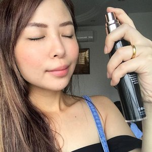 Give your skin a boost from K-Aesthetic #immortalelixir for instant lift, glowing skin and many more on this beautiful festive season🍊😜 #kelynnstory #kelynnbeautycollection #clozette #sgbblogger #sgbeautyblog #blogger #beautyblogger #agereversing #skincare #facialspray #sgblogclub #klaritysg #kaesthetic