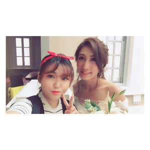 Sisters 👯♀️ #throwback #clozette #altheaangels #altheakorea #wedding #igsg #wefie  #sisters #kbeauty #weddingphotography