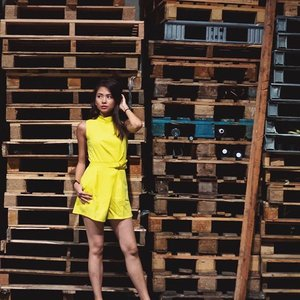Random warehouse exploring w ma friends ytd | Romper from @ninthcollective | 📷: @minkportraits #clozette #ninthcollective #PhotosforTheDailyBugle