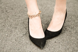 My new obsession: anklets.