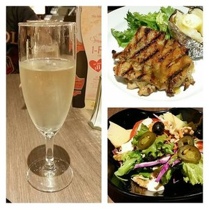Tender and juicy Grilled #Chicken with Lemon and Lime sauce. Add on a buffet-style salad and a 1-for-1 sparkling wine at #Astons, #Centrepoint. An enjoyable and not-too-sinful meal indeed. I love the #salad more than the main, not that the main wasn't great, but the salad was of good quality. It came with a good variety of ingredients including olives, japelano, walnuts, sunflower seeds, cheeses, egg and more. Even the cooked veggies were #delicious and savoury. Go early like 5.30pm to avoid the crowd and queue. And the sparkling wine promo will be over by end Feb. Means 2 more days to go. Enjoy!#food #sgfood #foodspotting #foodporn #foodphotography #mybeautycravings #clozette #sgblog