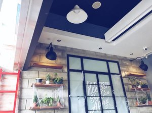 Beautiful interiors are my favorite! . . . . . . . . . . #clozette #interiors #interior #interiorstyling #interiorstyle #design #cafe #restaurant #food #foodph #foodgasm #restaurantph #restaurantphotography #travel #travelph #blog #blogger #bloggerph #vsco #vscocam #vscofeature #pinayblogger #igers #igersmanila