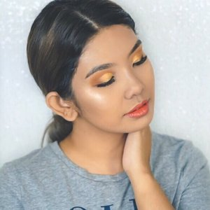 Happy to be playing with color again, so here is a good sunrise mix 🌅🧡💛☀️ . Products Used:  @etudehousemalaysia Glow On Base @smashboxcosmetics Camera Ready BB Water Foundation @breenabeauty Blending Pearl in Black @lorealmakeup Infallible Full Wear Concealer in 308 Vanilla @toofaced Peach Perfect Setting Powder @jaclynhill X @morphebrushes The Vault, Armed & Gorgeous Palette @lashbarmalaysia 3D Classic Collection lashes in Liv @benefitmalaysia BADgal Bang! Mascara @maccosmetics X @disneyaladdin Always One Jump Ahead Highlighter @etudehousemalaysia Colorful Tattoo Tint In #NotKind . #lorealparismy #morethanconcealer #lashbarmalaysia #glowymakeup #beauty #makeuptutorial #maccosmetics #maccosmeticsmalaysia #etudehouse #makeupart #makeup #undiscovered_muas #sephora #sephoramy #makeupartistsworldwide #instabeeyou #instabeauty #wakeupandmakeup #fiercesociety #favfulfeatures #clozette