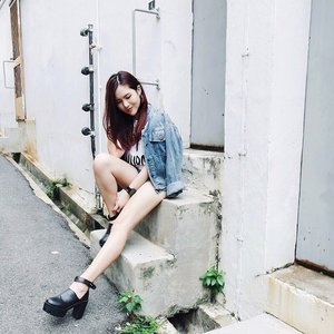 Maybe all that really matters is the  little moments of happiness. #ootd #clozette #lookbook #stylexstyle