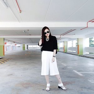 A long week ahead. I'll try my best to hang in there. #ootd #clozette