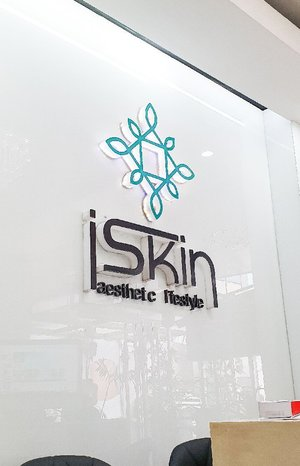 Hi guys! You are about to watch my whole experience trying @iskinaestheticlifestyle's Rejuvenating Facial Spa with Diamond Peel and Ultrasonic Facial Contour. Their clinic is very clean and the staff are really accommodating. I was relaxed during the procedures and really felt pampered in the end. Their service is really commendable. 💙  Thank you very much #iskinaestheticlifestyle! Enjoy watching everyone! 😘 #clozette #bloggerxph @bloggerxph #beauty #skincare #beautyblogger #blogger #bloggerph #pinaybloggera @pinaybloggera #thesfsph @thesfsph