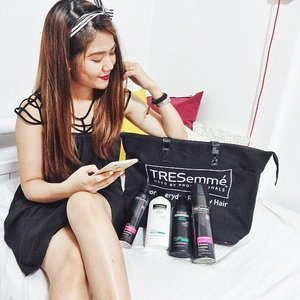 Thank you @asntm_3 and @tresemme . My hair is now photo-ready for everyday Runway Hair.. Split-Ends No More! // #Clozette #Hair #Tresemme #LandmarkPose //