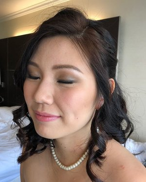 Beautiful light grey smokey day glam for Gwen at her Singapore wedding reception! Fresh flush on the cheeks and 🍑 peachy pink lips.  Crown braid half updo with long lasting curls.  A bright complexion and lifting eye makeup for Mom with a youthful yet classy strawberry pout and a quick Gibson tuck updo! #sgmua #singaporemua #singaporebride #bridalmakeup #bridalmua #sgbrides #weddingmakeup #sgig #igsg #clozette #makeup #dayglam #softsmokeyeye