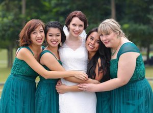 Throwback to that time when I glammed up my stunning friend Melody @melodiousw and her bridesmaids!  Photography: @photolunch88 Hair: Brittany Tsang Makeup: @lillianlouie - #sgwedding #hkwedding #weddingmakeup #bridalmakeup #bridesmaids #bridalparty #sgbrides #sgbridalmakeup #weddingmakeup #mua #makeupartist #sgmakeupartist #muasg #sgig #igsg #igmakeup #igweddings #clozette #makeup #makeupxfeature #undiscovered_muas