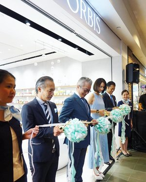 We're at the official opening of @orbis_sg's 6th boutique in #Singapore! Not only will you be able to nab their iconic oil cut series, you'll also be treating beauty from the inside with their extensive tea & supplement offerings! #Clozette #OrbisSG #FeelYourTrueBeauty