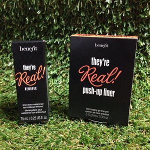 A short post on the Benefit Cosmetics Singapore They're Real Push-UP Liner & Mascara http://cassansaurus.blogspot.sg/2014/07/benefit-theyre-real-push-up-liner-and.html