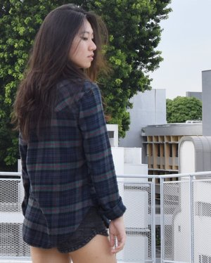 Flannel outerwears sometimes help to complete a look