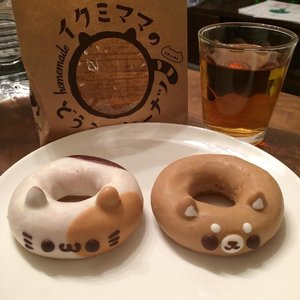 Have you ever had such a cute pair of donuts before? 😍😍😍💕 #cutedonuts #foodie #japanesefood #japan #joduluwanderlust  #clozette #cooljapan