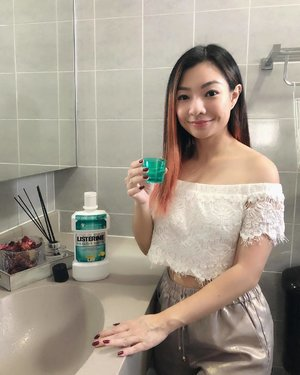 Love that the latest @ListerineSG comes with a new Child Safe cap... perfect for keeping those little curious fingers away. . Freshen your breath, have soaring confidence to kill that presentation, plus keep your gums healthy and reduces plaque build-up... See the Listerine Difference with me today! #ListerineSG #ListerineDifference