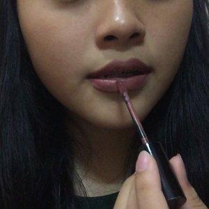 "Tips from me to make ur lipstick stay much longer ========== Inspo: @makeuplikesky  Product: - lipstick: @polkacosmetics polka matteness  colour ""mandoli"" #clozette #makeup"