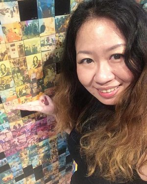 #throwback to a #selfie moment with our photo on the mosaic mural photowall at steelcase launch event #clozette
