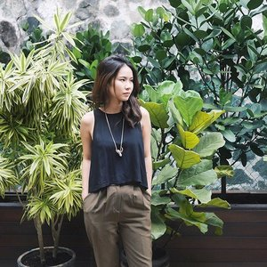 🐛🌿 #mosquitoesmakemecry #defaultface #RBF4life  #clozette #ootd #ootdsg #ootdcampaign