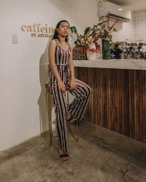 One of my fave hassle free outfits: Jumpsuit 💖 Always love that I didn't had a hard time on choosing on what to pair, etc. But one problem lang when u realize u need to pee 😅 Relateee?  #bloggersinteractiveph #MNLBloggersPH #clozette