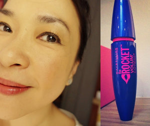 my Rocket lashes - loving my new Maybelline mascara very much! lightweight, gives me refined looking lashes and really quite smudge proof *two thumbs up*