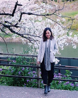🌸 never imagined we'll get to this but here we are and so our dream continues 🌸 never say never ✨ . . . #clozette #worktrip #mystyle #personalstyle #cherryblossom #chidorigafuchi #park #entrepreneur #entrepreneurship #journey #dream #sights #goals #workhardplayhard #workhardstayhumble #444  #everythingisok #smile #chill #travelphotography #floral