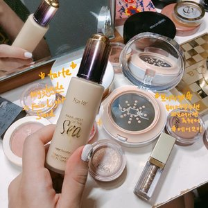 Mixing @tartecosmetics water foundation with VDL's beauty entail cushion foundation