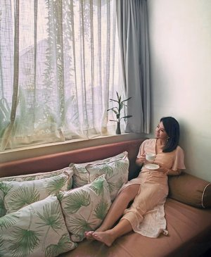 [GIVEAWAY: @Kayellesg Voucher Worth $50] . Days like these ❤️ Dressed up in my September Favourite 👗, the Areia Maxi Dress in Sand color from @kayellesg at @penhhousephnompenh. Loving the concept of their rooms. They have many Instagrammable spots around the hotel, which I will upload real soon! I will  be giving away a @kayellesg $50 voucher to one lucky winner. . To take part in the giveaway SIMPLY: 1. FOLLOW @kayellesg and @JacinthaWee 2. LIKE this post 3. Tag 3 friends you would like to share this giveaway with. The more friends you tag, the higher the chance of winning! Giveaway ends on 15th Sept 2359! Good luck!  #JacinthaTravels  #Cambodia #PhnomPenh #PenhHouseJungleAddition  #SgGiveaway #SgContest #ContestSg #GiveawaySg #Giveaway #Giveaways