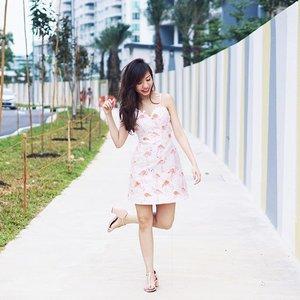 🐒年初二One-legged pose just because I have flamingo prints on my dress 😁-#lovebonito #lbootd #clozette #stylexCNY #stylexstyle