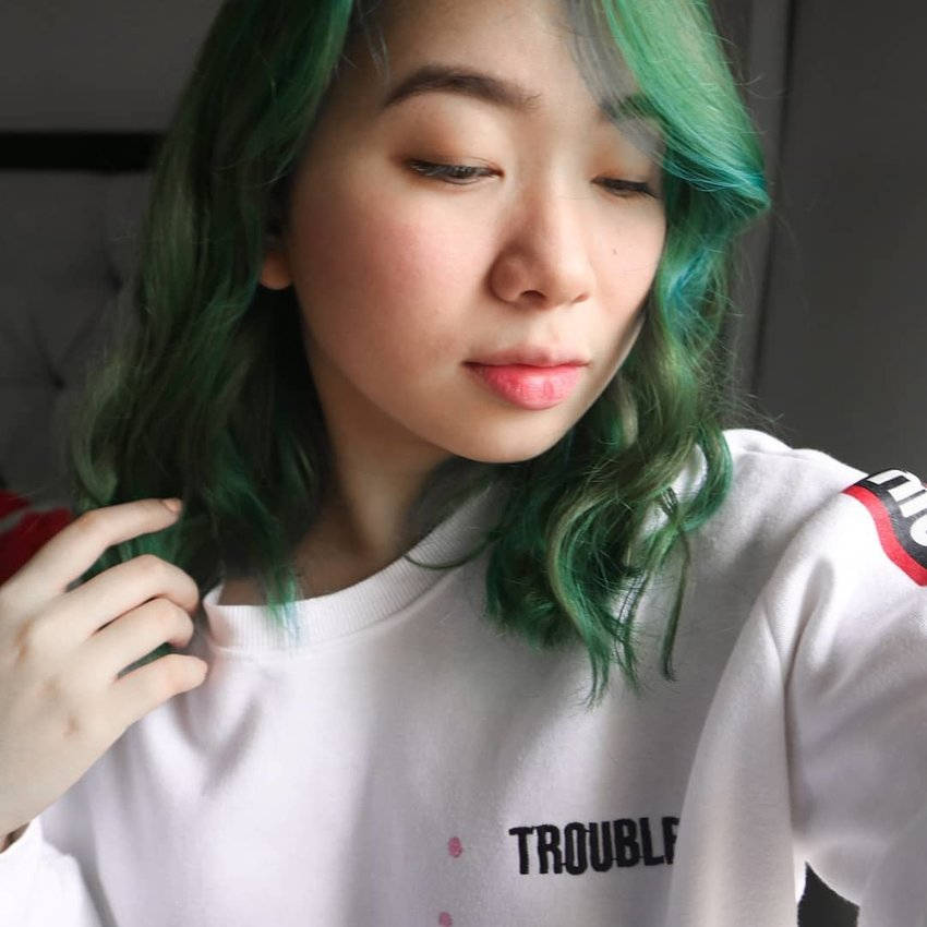 Girl with green hair