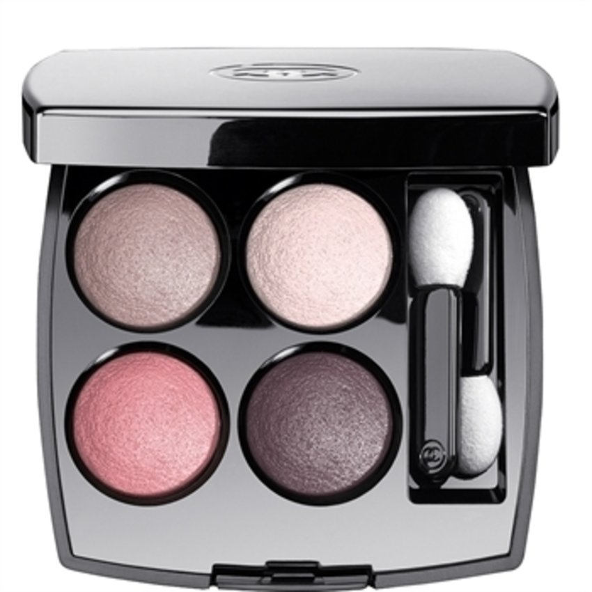 Tempted to try this, looks good! #chanel #les4ombres