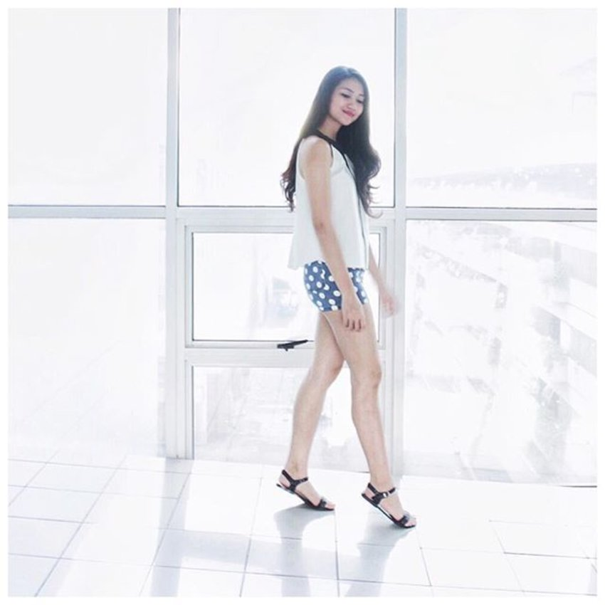 It does not matter how slowly you go as long as you do not stop. 💙💙💙 Top: @runwaydreamsph, Polka dot shorts: @cinderellaphil, Photo: @ajosechelsea #self #clozette #clozetteco #ootd #ootd @pilipinasootd #pilipinasootd #emporia #EmporiaContest #findyourstyle #tryanotherlook #HDILasia #charleneajose