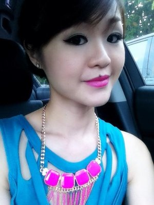 hot pink lips color to match with my necklace...